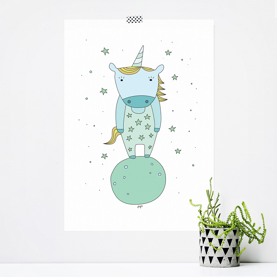 JUSTa Print STARRY UNICORN - graphic design magnetic wood hanger A4